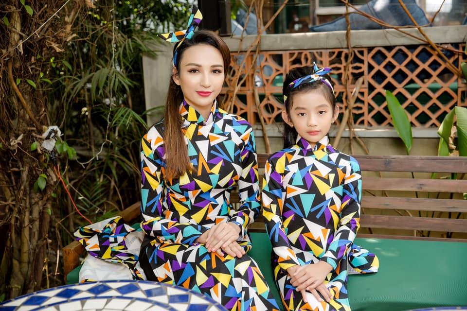 Con gái nhà sao Việt thừa hưởng nhan sắc từ bố mẹ, dự đoán là hoa hậu tương lai - Ảnh 11