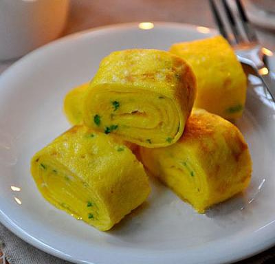 Món trứng chiên vàng ươm, thơm lừng cho bữa cơm chiều thêm hấp dẫn