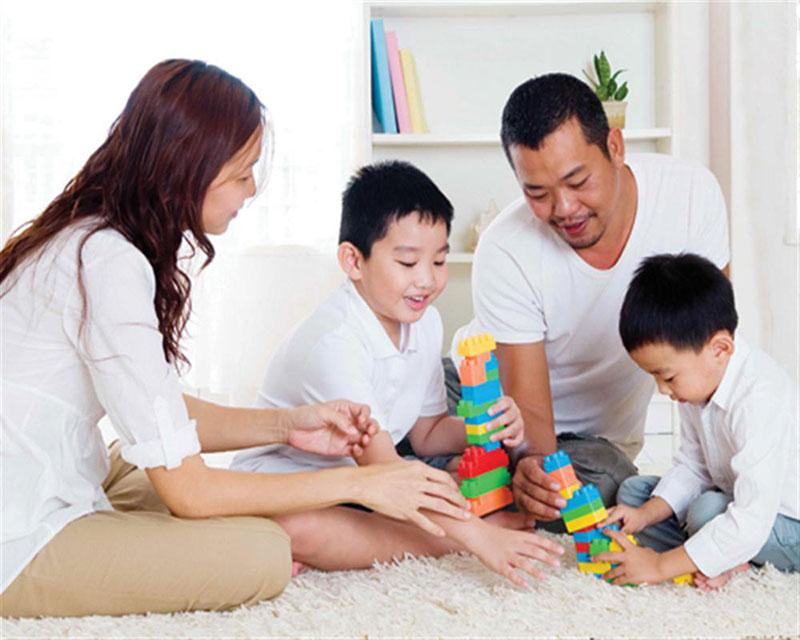 Bác sĩ Nguyễn Hoàng Anh: 'Đừng ra lệnh, hãy nói để trẻ nghe!' - Ảnh 1