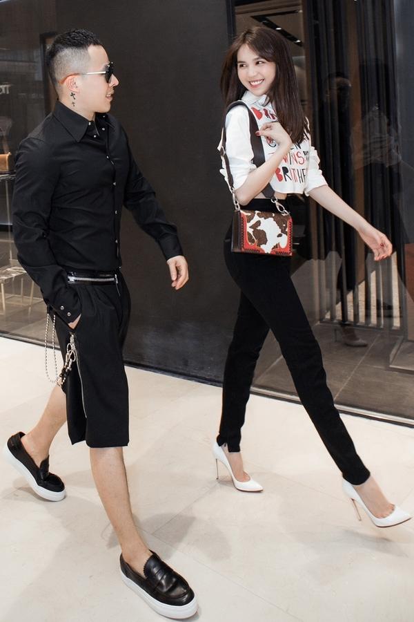 'Nữ hoàng nội y' khoe dáng 'nuột nà' bên ông bầu Khắc Tiệp trước khi tham dự Milan Fashion Week - Ảnh 6