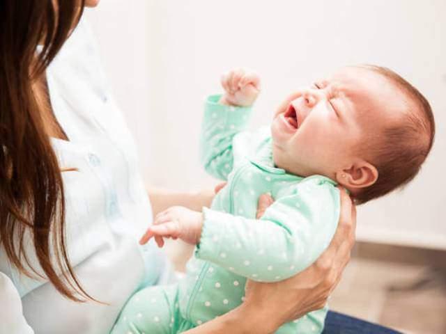 Trẻ sơ sinh bị táo bón phải làm thế nào cho nhanh khỏi? - Ảnh 3