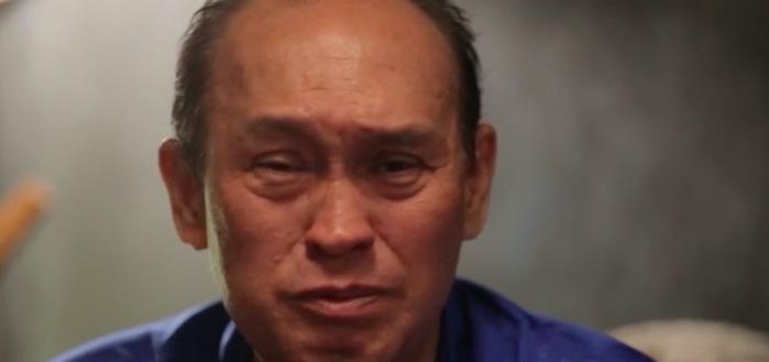 Duy Phương khóc nghẹn tố Lê Giang nói dối: 'Ba Giang mất không có tiền mua hòm, tôi còn phải bán đèn quảng cáo để giúp' - Ảnh 2