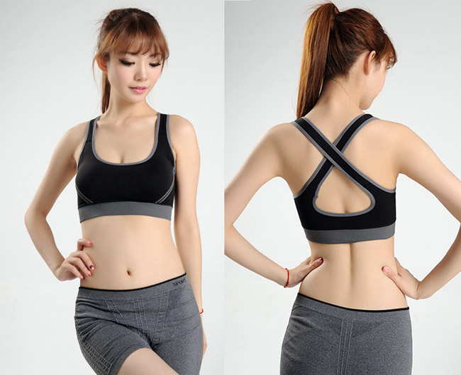 Thường xuyên mặc áo ngực chuyên dụng khi tập thể dục là phương pháp nâng đỡ cho vòng 1 chảy xệ vô cùng hiệu quả
