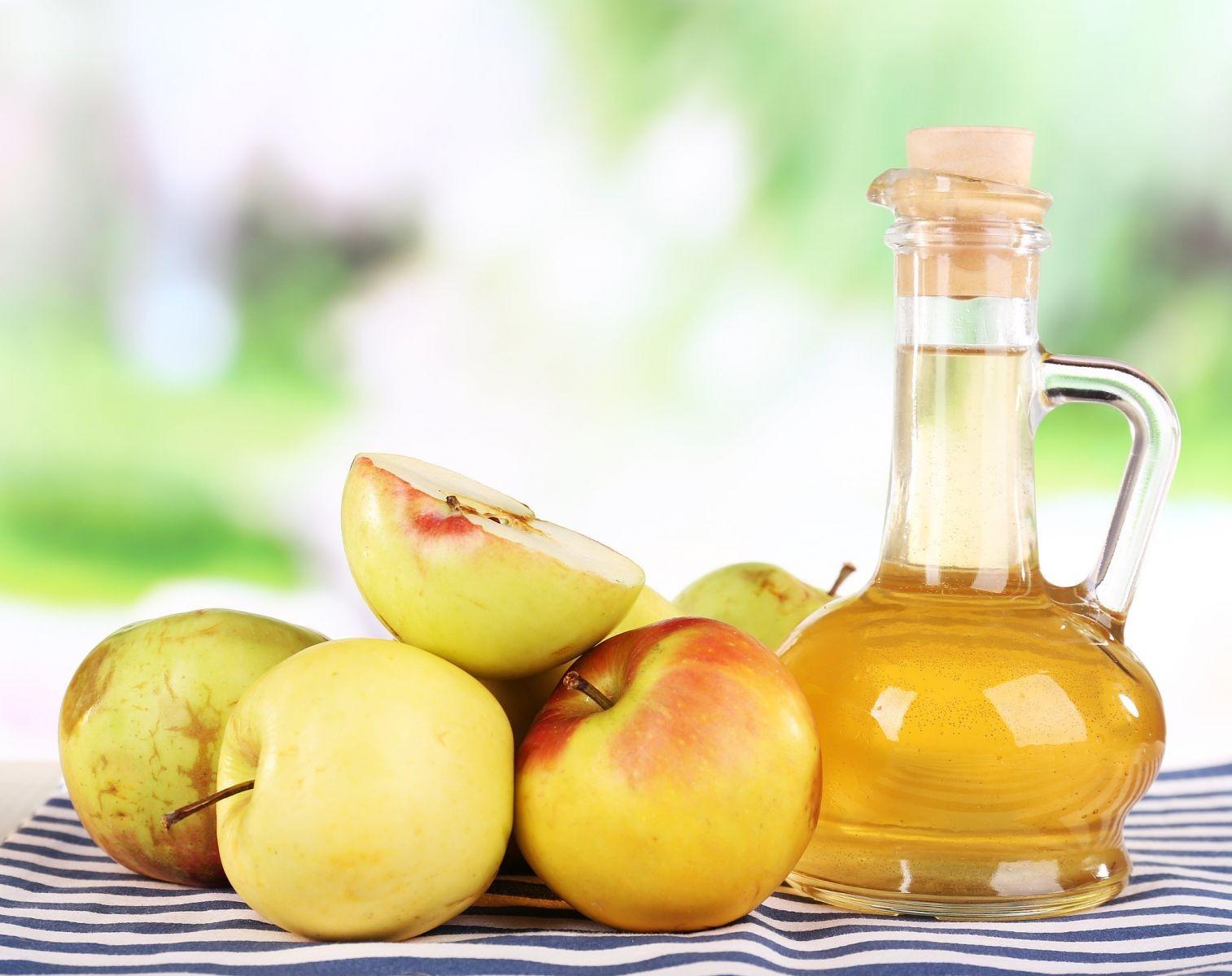 Giấm táo giúp mái tóc nhuộm bền màu và mượt mà hơn