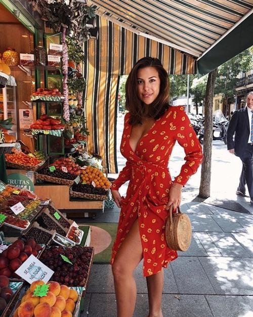 4 mẫu váy đẹp đang được lòng mỹ nhân sành mặc - Ảnh 9