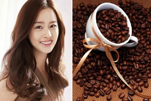 Sử dụng cà phê là một trong những phương pháp giúp tóc màu nâu đậm bền đẹp, tự nhiên