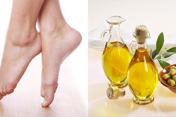 Dầu thực vật giúp da gót chân hồi phục và mềm mại hơn