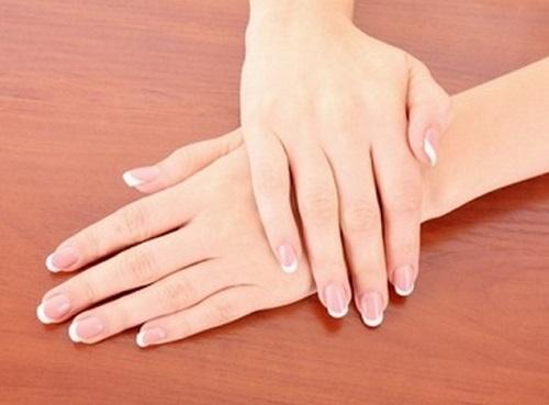 Quý cô nào sở hữu bàn tay có nhiều khe hở giữa các ngón tay là những người có vận mệnh tốt, cả đời gặp được nhiều may mắn, có nhiều tiền