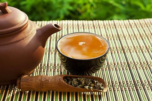 5 loại <a target='_blank' href='https://phunusuckhoe.vn/tra-giup-giam-can.topic'>trà giúp giảm cân</a> và có lợi cho sức khỏe