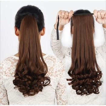 Kiểu tóc đuôi ngựa uốn xoăn phổ biến hơn kiểu tóc đuôi ngựa duỗi thẳng