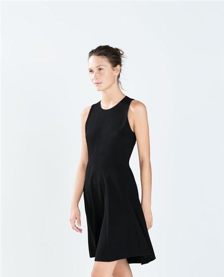 6 kiểu váy bạn phải bổ sung ngay vào tủ đồ mùa thu - Ảnh 4
