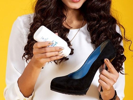 8 mẹo giúp bạn gái đi giày cao gót không đau chân - Ảnh 2