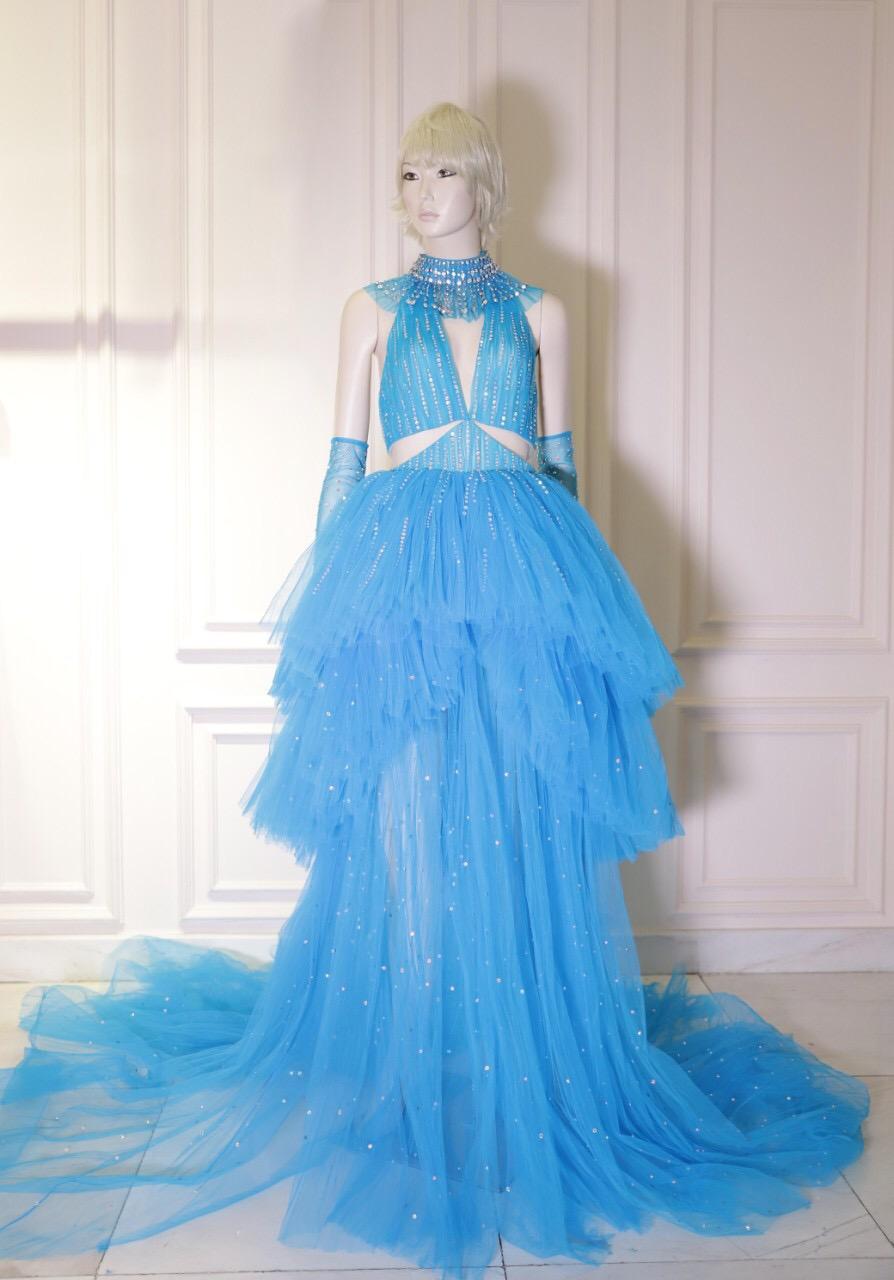 Công Trí hoàn thành chiếc váy trong vòng 24 giờ để gửi cho Katy Perry  - Ảnh 1