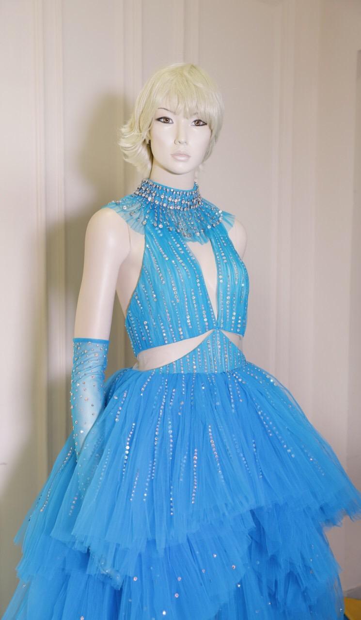 Công Trí hoàn thành chiếc váy trong vòng 24 giờ để gửi cho Katy Perry  - Ảnh 4