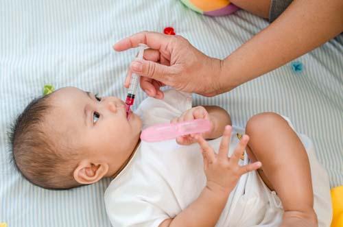 Không phải tắm nắng mỗi ngày, đây mới là cách bổ sung vitamin D hiệu quả cho bé - Ảnh 2