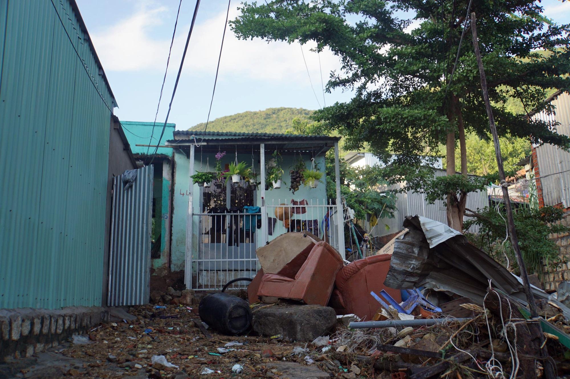 Thôn nghèo tan hoang, 5 người chết và mất tích sau cơn thịnh nộ của thiên nhiên - Ảnh 10