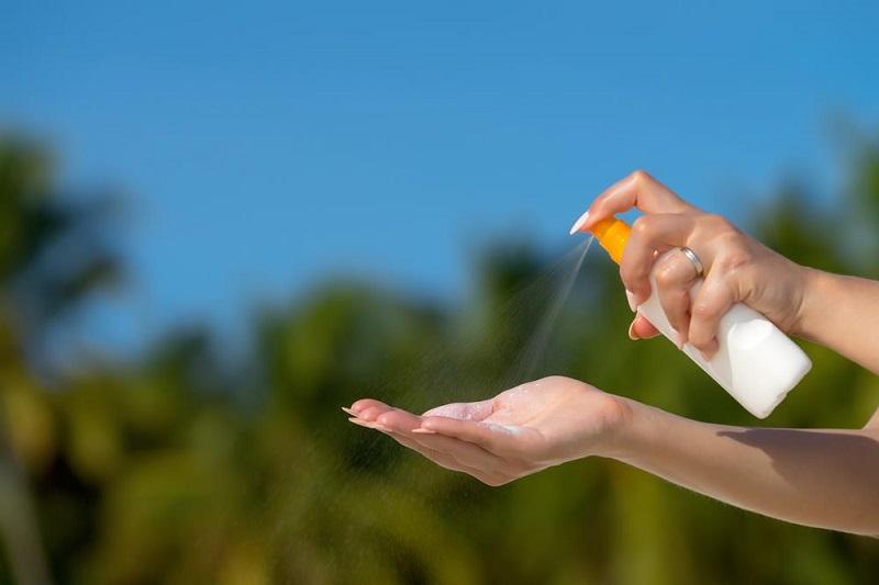 Người dân Nam Bộ đang đối mặt với nguy cơ bị bỏng và ung thư da, bác sĩ hướng dẫn 3 cách chống nắng an toàn - Ảnh 2