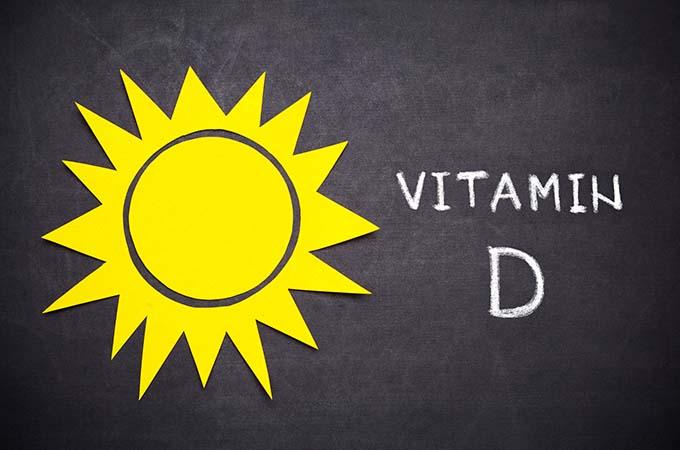 Cảnh báo: 8 dấu hiệu cho biết cơ thể bạn đang thiếu hụt vitamin D trầm trọng - Ảnh 1