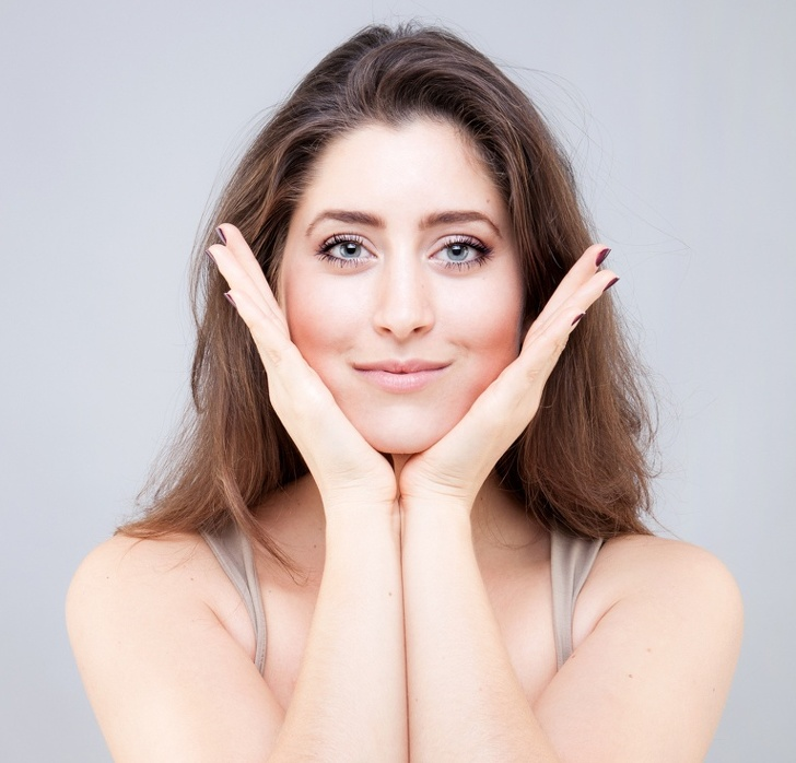 Áp dụng bài tập yoga cho mặt giúp gọn góc mặt không cần phẫu thuật