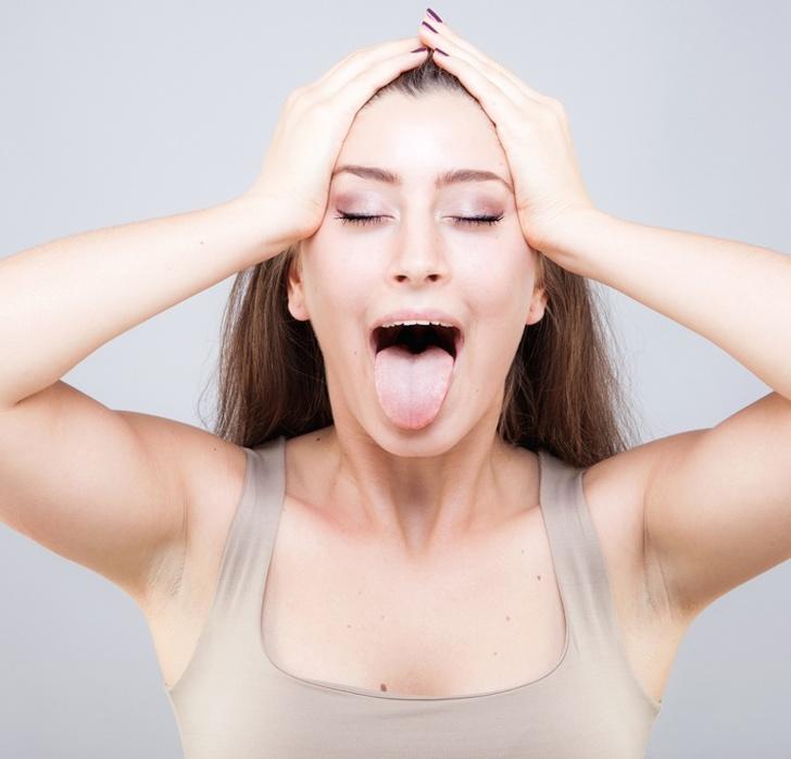 Áp dụng bài tập yoga cho mặt giúp lưu thông máu, da căng khỏe mạnh hồng hào
