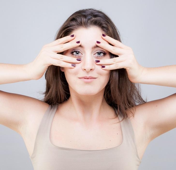 Bài tập yoga giảm căng thẳng cho mắt