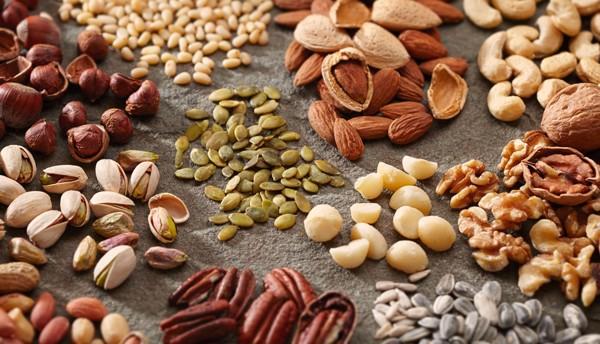 Các loại hạt có thể thúc đẩy sản xuất nội tiết tố nam