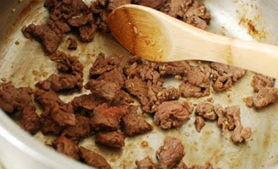 Thịt bò hầm củ cải trắng - món ngon đủ chất cho ngày lạnh - Ảnh 3