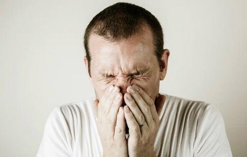 Ngăn hắt hơi sẽ có thể gây ra nhiều ảnh hưởng cho sức khỏe
