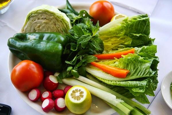 Rau xanh tăng sức mạnh cho tinh trùng, cải thiện vấn đề rụng trứng ở nữ giới
