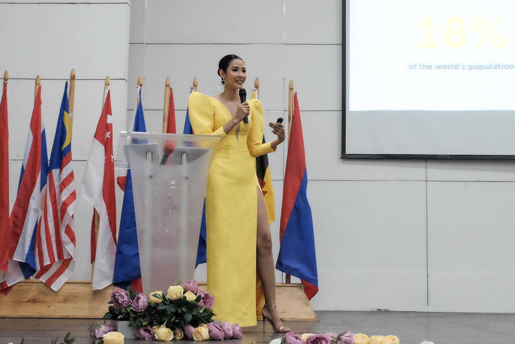 Á hậu Hoàng Thùy liên tục gây ấn tượng mạnh tại Philippines - Ảnh 2