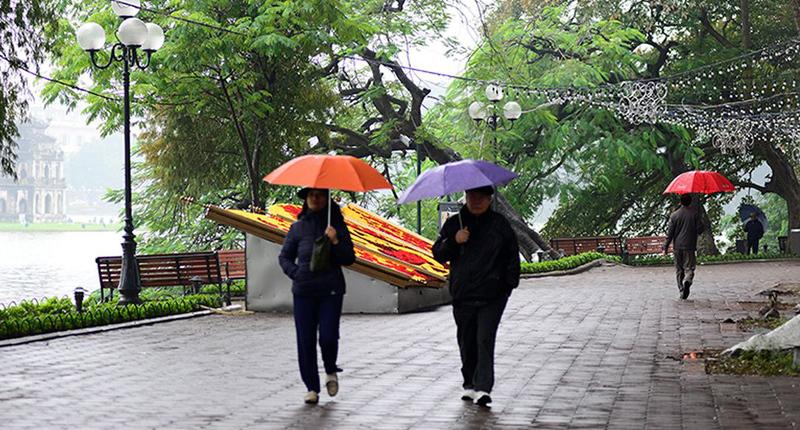 Dự báo thời tiết ngày 23/2: Bắc Bộ mưa rét 12 độ C, Nam Bộ nắng nóng - Ảnh 1