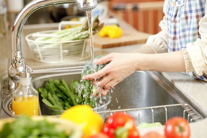 Cách giảm vi khuẩn gây ngộ độc thực phẩm - Ảnh 1