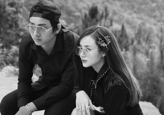 Hoài Lâm và cháu gái nghệ sĩ Bảo Quốc hạnh phúc sau hơn 5 năm bên nhau.