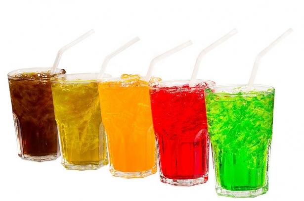 Nước ngọt có gas dễ gây tăng cân, béo phì, tiểu đường