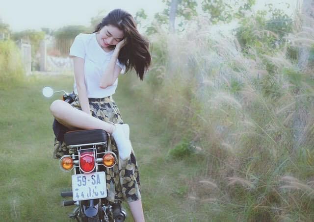 Quên nóng bỏng đi, Elly Trần hóa 'cô gái nông thôn' dịu dàng, nhắn nhủ lời ngọt ngào tới 2 con - Ảnh 3