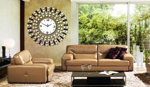 Đồng hồ rất có ý nghĩa về mặt phong thủy cho phòng khách.