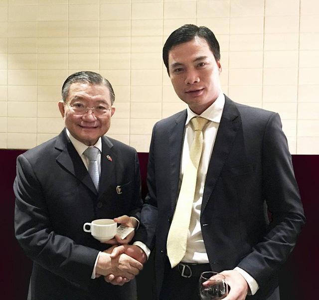 Nguyễn Thành Phương từng gặp gỡ và giao lưu với rất nhiều chính khách trên thế giời. Ảnh: Internet