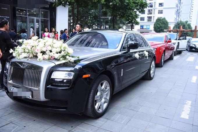 Chồng đại gia hơn Thanh Tú 16 tuổi rước dâu bằng dàn siêu xe 60 tỷ đồng - Ảnh 2