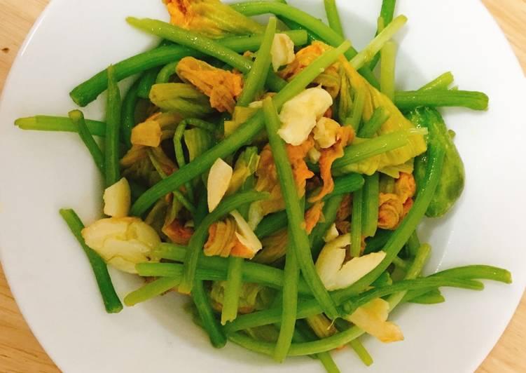 Bông bí xào tỏi với hương thơm dịu nhẹ và vị thanh mát sẽ giúp bữa cơm thêm ngon miệng