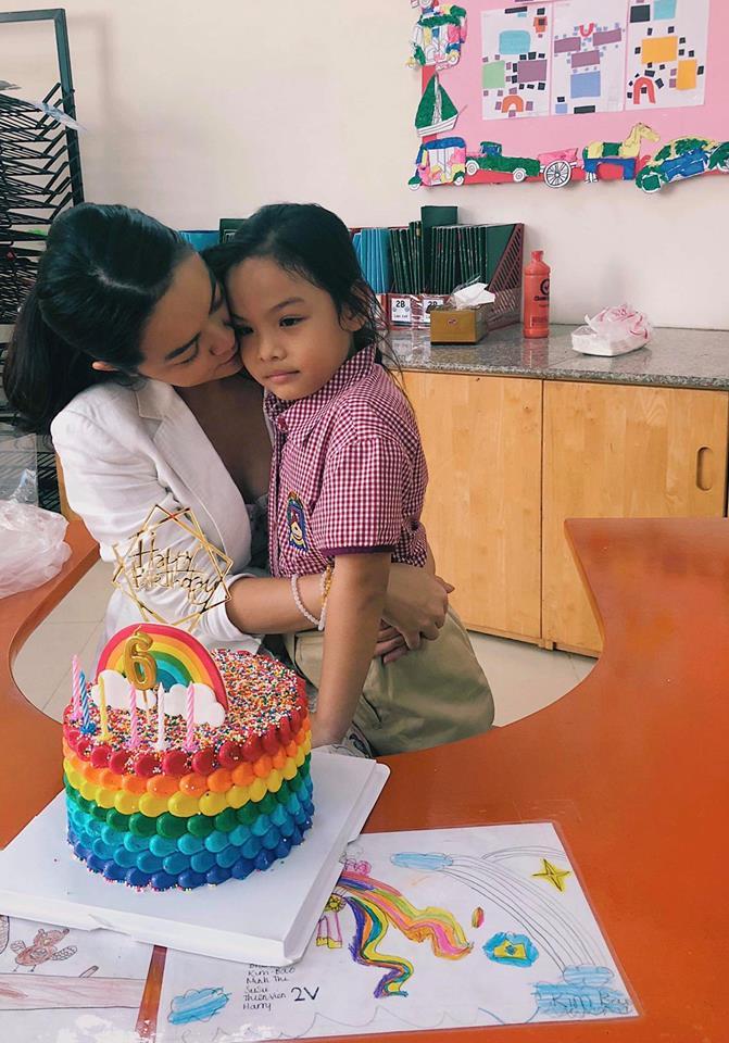 Phạm Quỳnh Anh - Quang Huy 'tái hợp' tổ chức sinh nhật cho con gái - Ảnh 2
