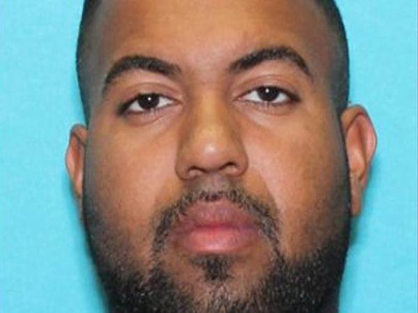 Ông bố 29 tuổi bị cảnh sát bắt sau khi bạo hành con gái