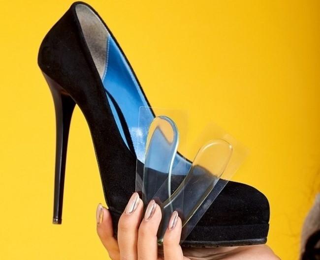 8 mẹo giúp bạn gái đi giày cao gót không đau chân - Ảnh 7
