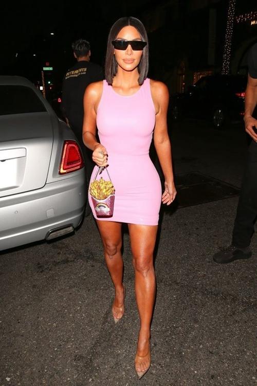 Mỹ nhân Hollywood chỉ cần mỗi kiểu váy đơn giản đã đủ sexy - Ảnh 4