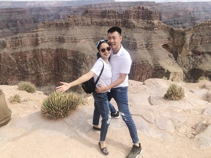 Vợ chồng Ốc Thanh Vân kỷ niệm 10 năm ngày cưới trên đất Mỹ - Ảnh 3