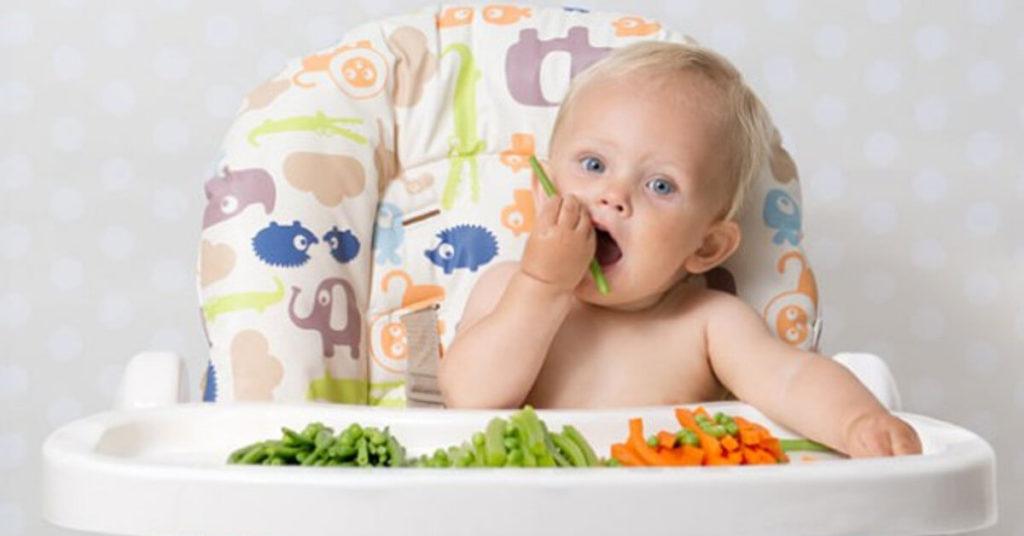 BLW là phương pháp kích thích trẻ tự giác ăn uống - Ảnh minh họa: Internet