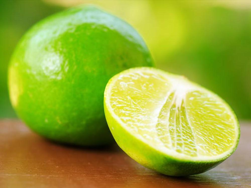 một lát chanh chỉ có khoảng 1 mg vitamin C