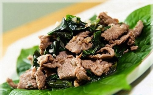 Sự kết hợp giữa thịt bò và lá lốt tạo ra món ăn đơn giản mà giàu dinh dưỡng