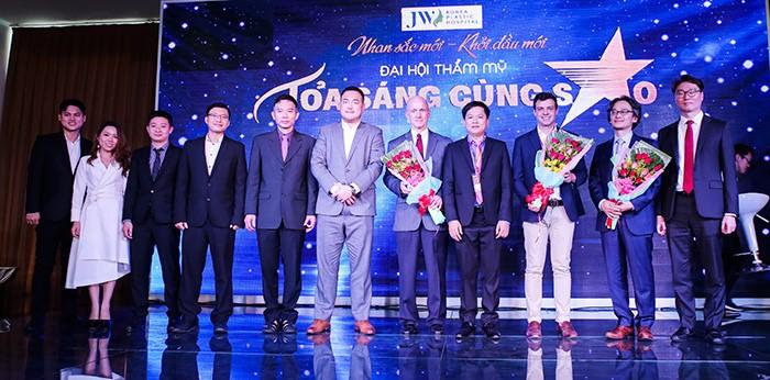 Hội trường Đại hội thẩm mỹ JW 'nổ tung' vì độ hot của dàn sao Việt và người đẹp thẩm mỹ - Ảnh 5