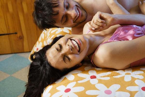 """Phụ nữ thường sẽ giả vờ """"lên đỉnh"""" khi ân ái để làm hài lòng người đàn ông của mình"""