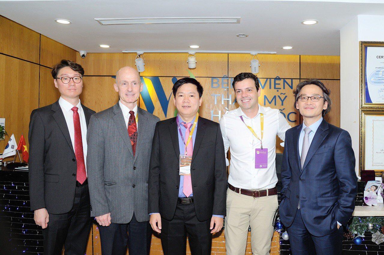 Đội ngũ chuyên gia thẩm mỹ thế giới có mặt tại bệnh viện thẩm mỹ JW Hàn Quốc